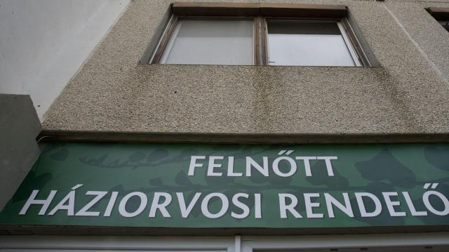 Megújult a betegellátás Pécs legnagyobb rendelőintézetében