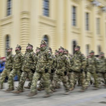 Ötvenegy kórházban katonák lettek a kórházparancsnokok