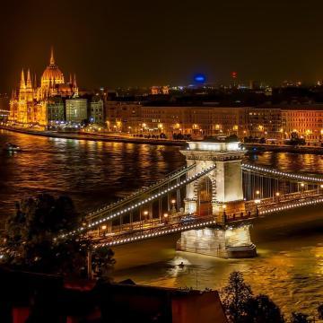 Pályázatot írtak ki Budapest grafikai arculatának továbbfejlesztésére