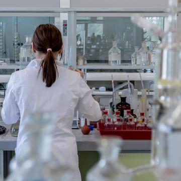 Sikerült meghatározni a vírus teljes genetikai kódját