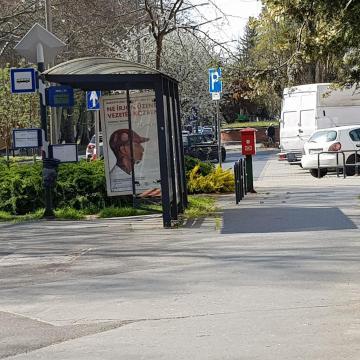 Fertőtlenítik a buszmegállókat Kaposváron