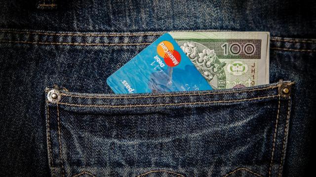 Folytatódik az adócsökkentés, több pénz maradhat a zsebünkben