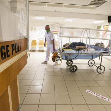 Így változott a fertőzöttek száma Borsod-Abaúj-Zemplén megyében hétfőre