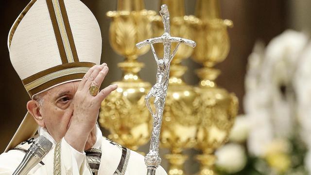 Pápai áldás és szentmise a bazilikából húsvétvasárnap a Dunán