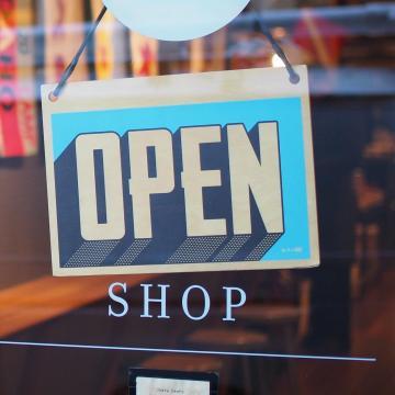 Egyre több üzlet nyithat ki