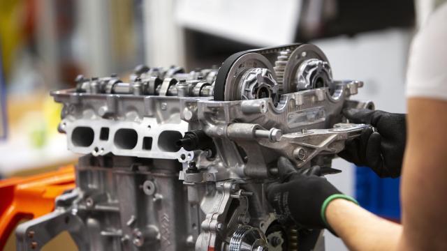 Fokozatosan újraindul a motorgyártás a Szentgotthárdon
