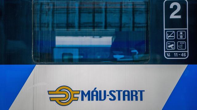 Május 31-ig visszatérítik a nemzetközi vasútjegyeket
