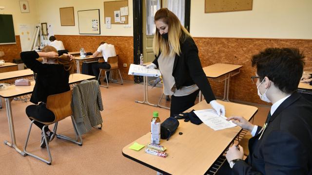 Változatos feladatok a magyar írásbeli érettségiben