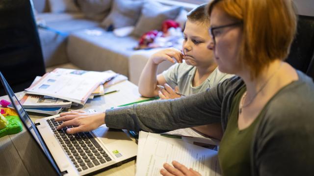 A tanév végéig marad a digitális oktatás
