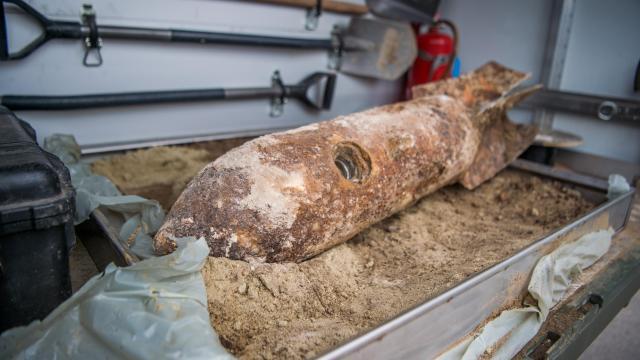 Elszállítják a Gárdonyban talált világháborús bombát