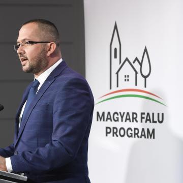 Idén is több ezer pályázat érkezett a Magyar falu programra
