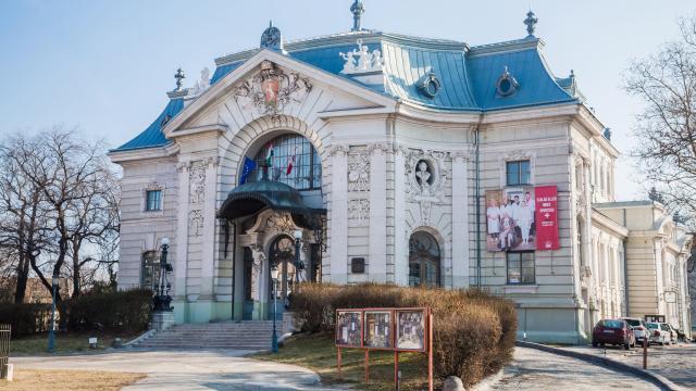 Tíz új bemutatót tart a jövő évadban a Katona József Nemzeti Színház