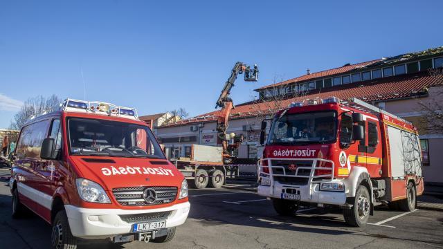 Tízezer önkéntes tűzoltó vett részt a védekezésben