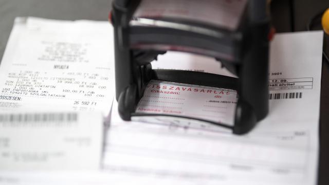 Véget érhet a papírszámlák korszaka