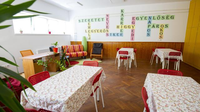 Átadták a fogyatékossággal élők nappali intézményét Sümegen