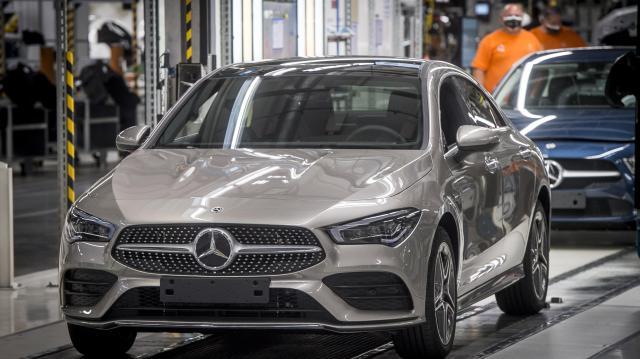 Hibrid autókat gyártanak Kecskeméten
