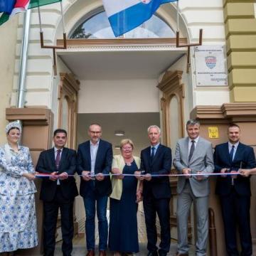Horvát kulturális központot adtak át Baján