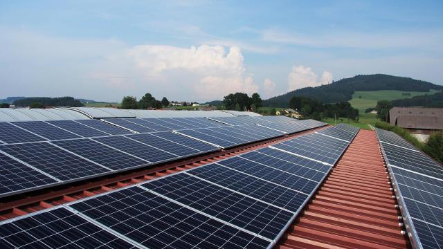 Lehet pályázni a megújuló energiából termelt áram támogatására
