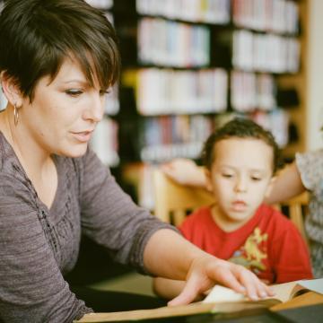 Még a nyári szünetben megérkezik a pedagógusok emelt fizetése