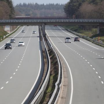 Megnőtt a kereslet a megyei autópálya-matricák iránt