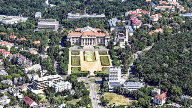 Színes kulturális programokkal várják az érdeklődőket Debrecenben a hétvégén