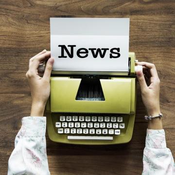 Újságíró-szerkesztő képzést indít a közmédia és a Közszolgálati Egyetem