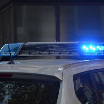 Autószállító utánfutó borult fel az M1-esen