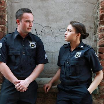 Csoportos rablás gyanúsítottjait tartóztatták le Szekszárdon