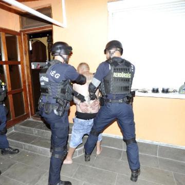 Elrendelte a borsodnádasdi emberölés vádlottjának letartóztatását a Debreceni Ítélőtábla