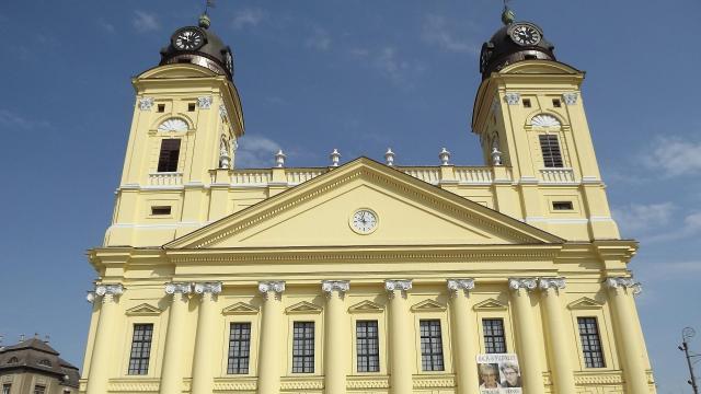 Erősíti kapcsolatait Debrecen és Győr