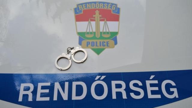 Letartóztattak egy cigarettacsempészt