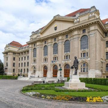Nem tartják meg a Debreceni Egyetem harmadik gólyatáborát