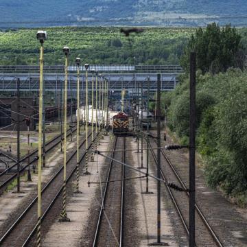 Összehangolódik a vonat és busz közlekedés