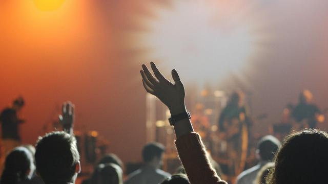 Raktárkoncertek létrejöttét támogatja a kormány