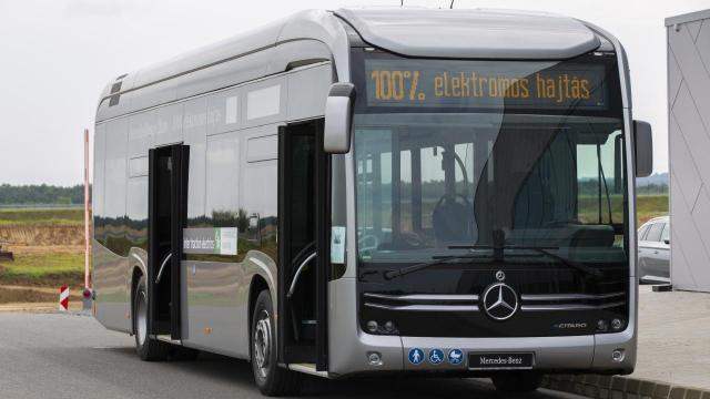 Tíz év alatt lecserélhető a városi buszállomány fele