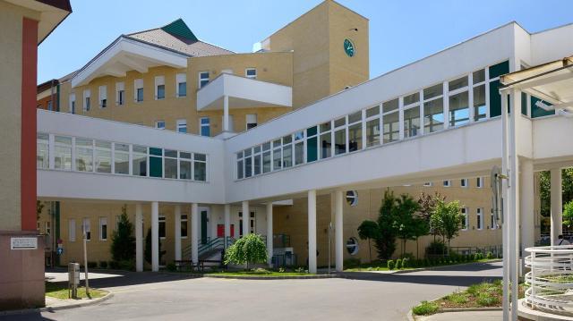 Több intézmény bezárt a látogatók előtt