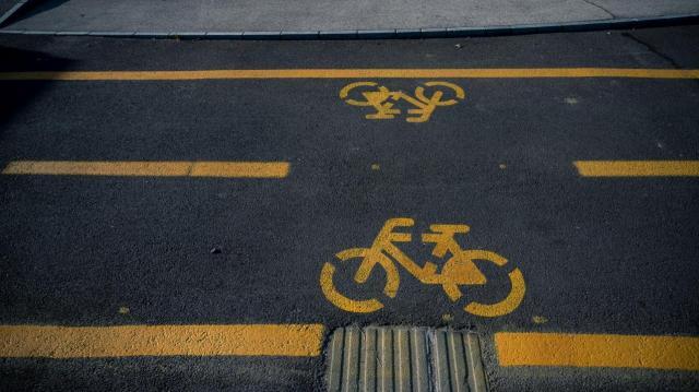 Átadták a Ságvár és Som közötti kerékpárutat