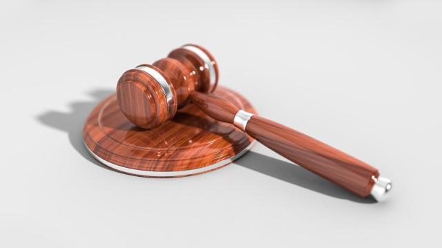 Jogerősen tíz évre ítéltek egy kisfiút molesztáló férfit Szegeden