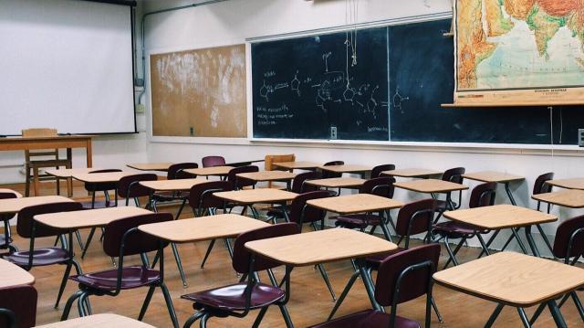 Tizenhat tantermes általános iskola épül Makón