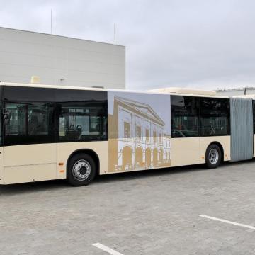 Tizenöt új csuklós autóbusz áll forgalomba Székesfehérváron