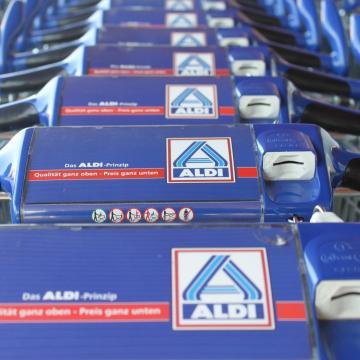Csalók élnek vissza az ALDI nevével
