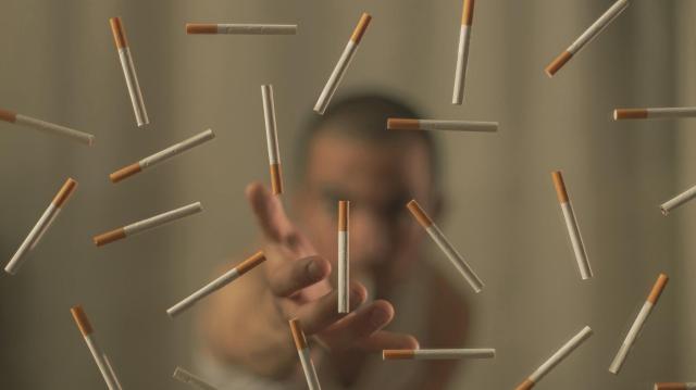 Csökkenhet a dohányboltok száma