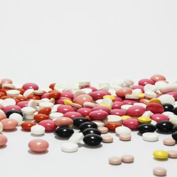 Férfiaknak ajánlott étrend-kiegészítők forgalmazását tiltotta meg a Nébih