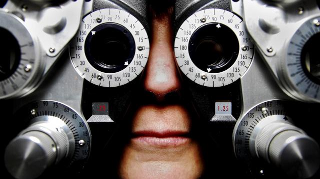 Ingyenes szűrővizsgálat a látás világnapján