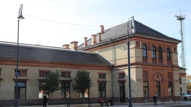 Nívós lett a kaposvári vasútállomás
