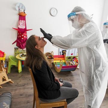 Az átfogó szakmai tesztelésen alacsony fertőzöttséget mutattak ki