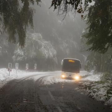Egyelőre nem okoz nagy gondot a havazás az országban