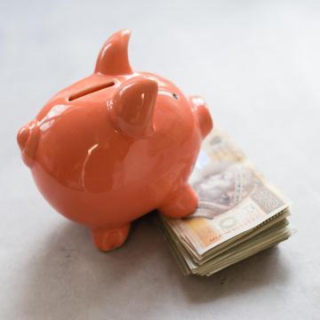 Egyszerűbbé és olcsóbbá válhat a pénzügyek intézése