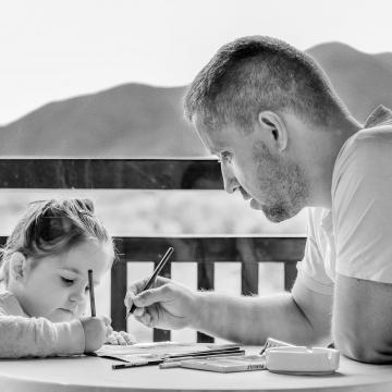 Helyettesítési díjat vezetnek be a kisgyermeknevelőknek