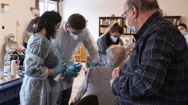 Koronavírus - Meghalt 83 beteg, 1459-cel nőtt a fertőzöttek száma Magyarországon